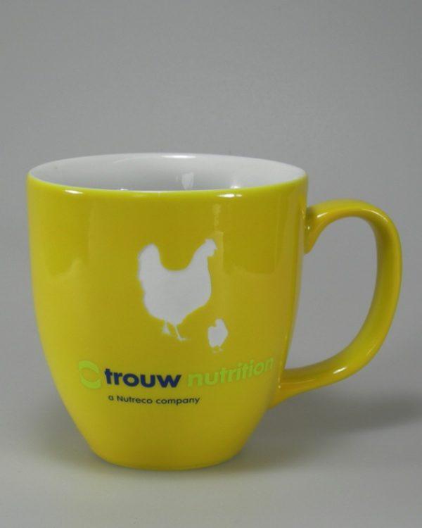 Hydrolack Gelb glänzende Farbspritzung mit Logdruck und Logogravur