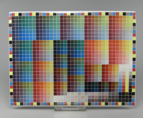digitaler Farbdruck auf keramischer Basis auf Porzellanplatte