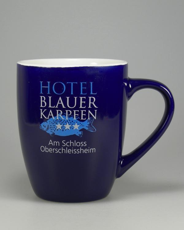 blauer Keramikbecher mit 2farb Logo bedruckt