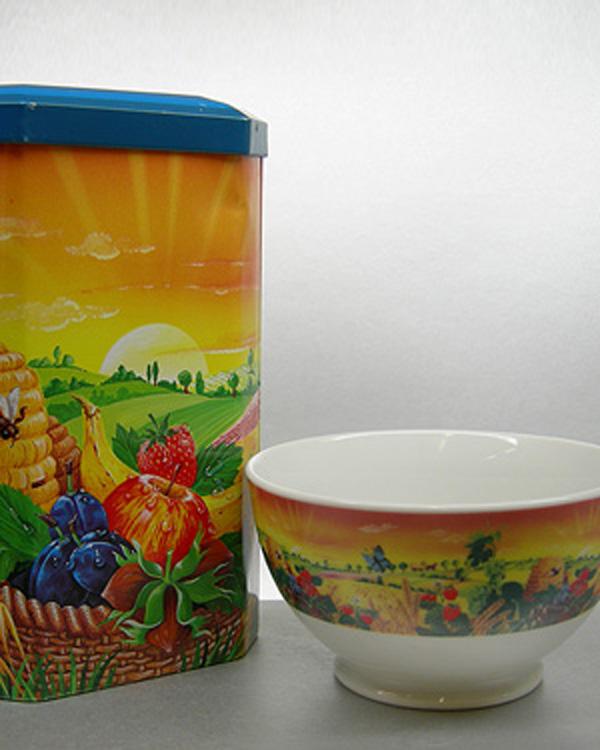 Motiv von Aufbewahrungsdose farblich angleichen auf Porzellanbowl Müslischale Porzellanschale
