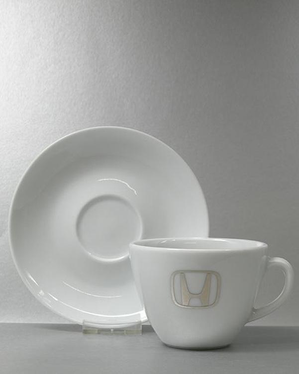 Metallic Platin Silber Logodruck auf Porzellan
