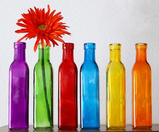 Farbspritzung Hydrolack transparent auf Glasflaschen