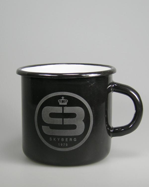 Emaillebecher schwarz mit Logogravur