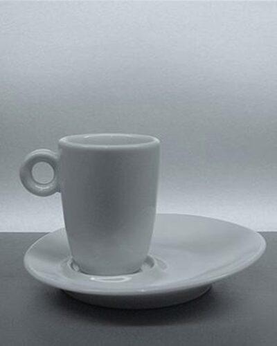 DEGUSTA Espresso mit asymetrischem Unterteller