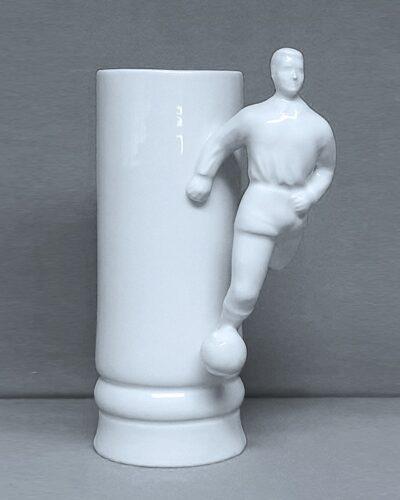 Sonstige Porzellankrüge mit Fussballerhenkel