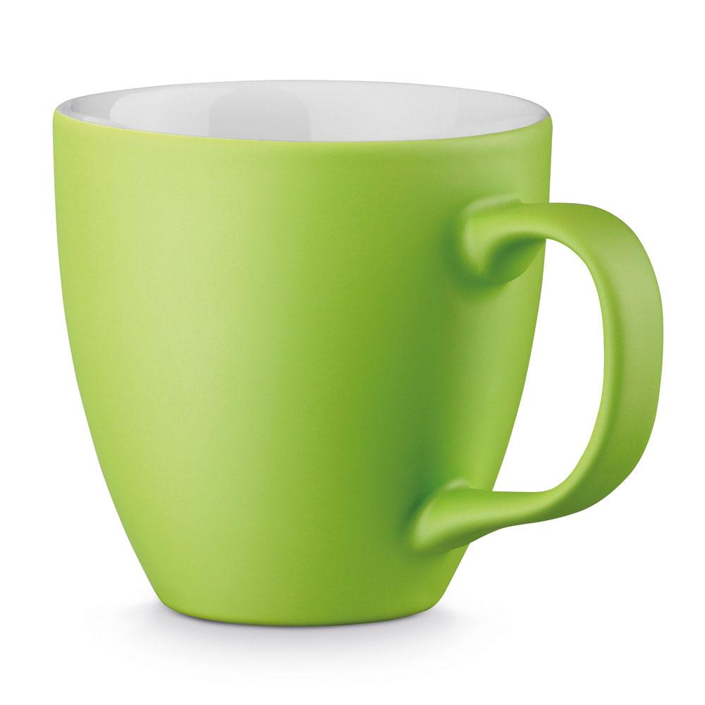 schwarzmatter Porzellanbecher per Hydrolack farbig matt Hellgrün gespritzt